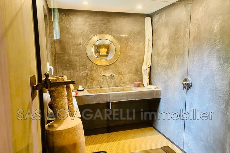 Photo n°7 - Location maison contemporaine Hyères 83400 - 3 200 €