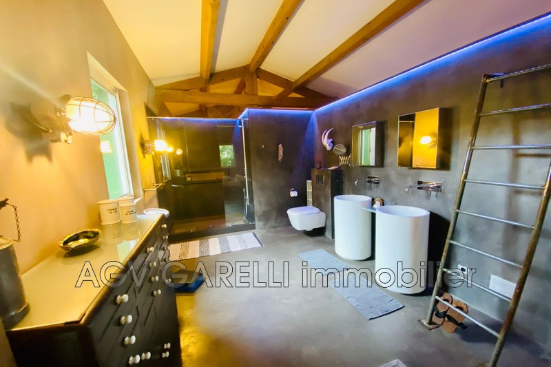 Photo n°8 - Location maison contemporaine Hyères 83400 - 3 200 €