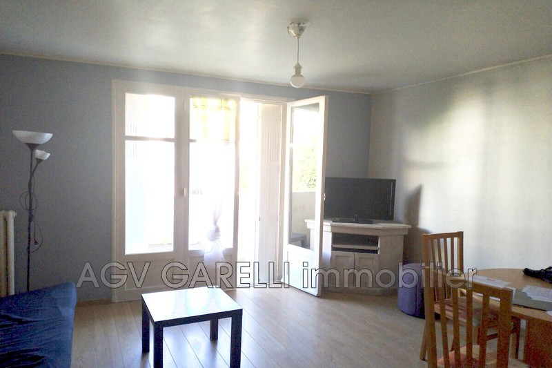 Photo n°1 - Location appartement Toulon 83100 - 750 €
