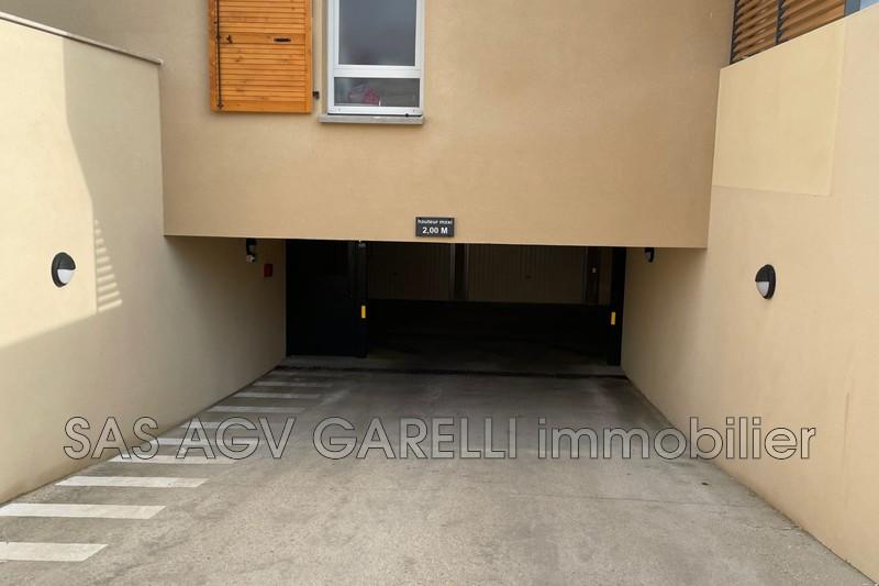 Photo n°1 - Location Garage parking Le Pradet 83220 - 185 €