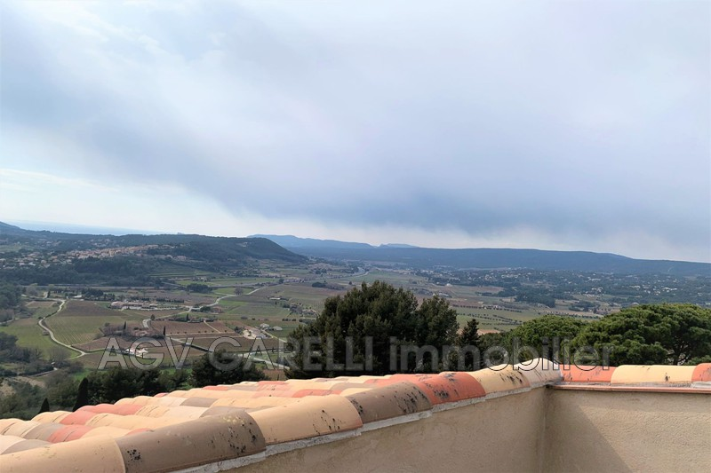 Photo n°1 - Location appartement Le Castellet 83330 - 760 €