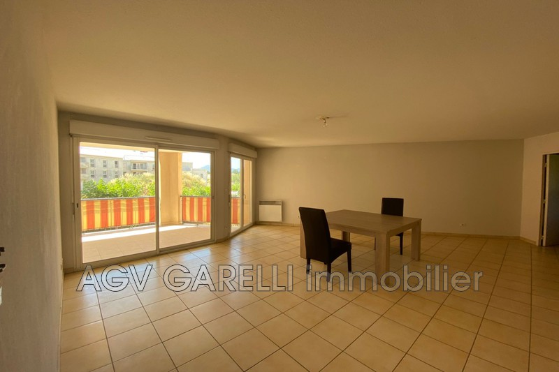 Photo n°2 - Vente appartement Hyères 83400 - 269 000 €