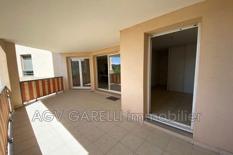 Photo n°1 - Vente appartement Hyères 83400 - 269 000 €