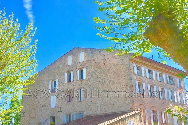 Photo n°1 - Vente appartement Hyères 83400 - 149 000 €