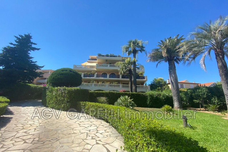 Photo n°2 - Vente appartement Hyères 83400 - 222 000 €