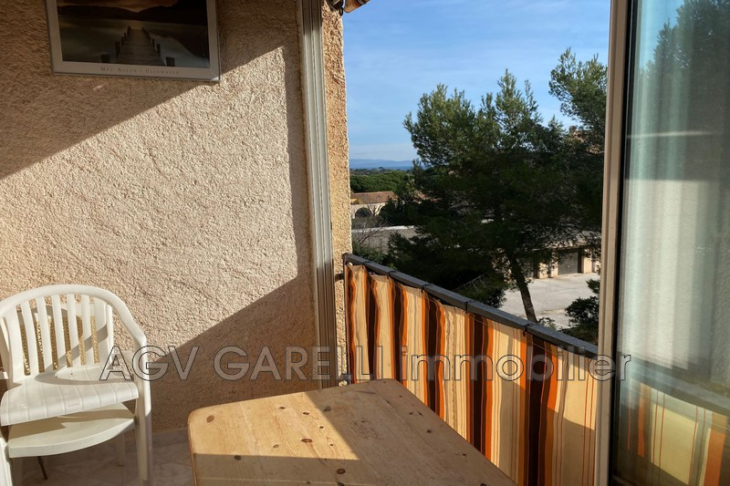 Photo n°1 - Vente appartement Hyères 83400 - 313 000 €
