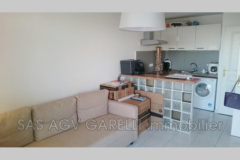 Photo n°2 - Vente appartement Hyères 83400 - 159 000 €