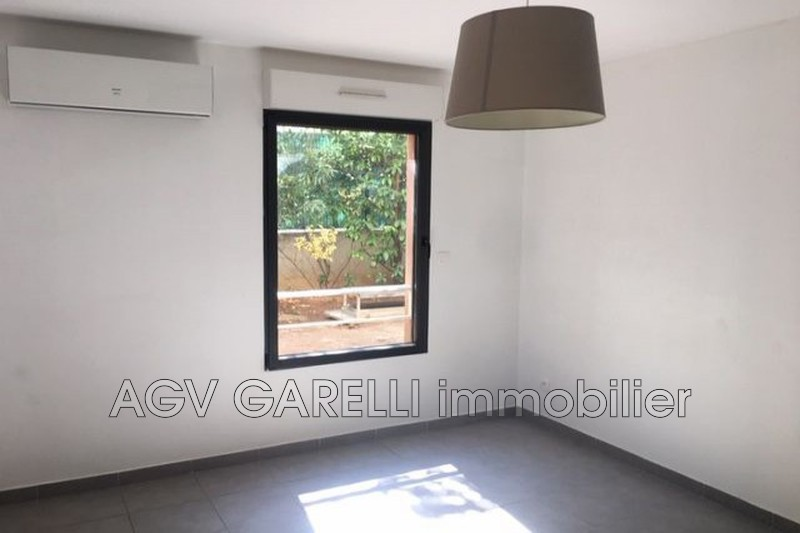 Photo n°3 - Vente appartement Toulon 83000 - 140 400 €