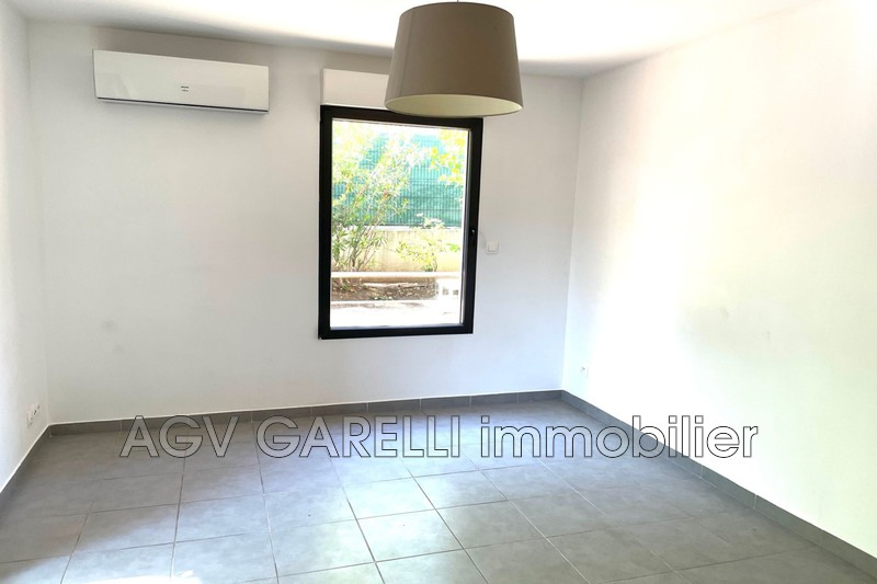 Photo n°9 - Vente appartement Toulon 83000 - 129 600 €