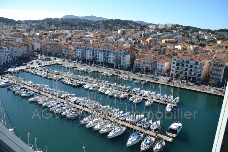 Photo n°1 - Vente appartement La Seyne-sur-Mer 83500 - 380 000 €