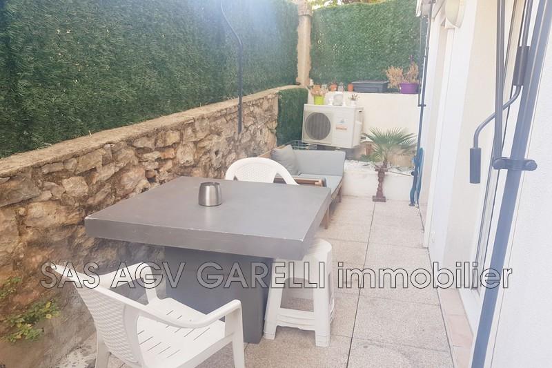 Photo n°1 - Vente appartement Hyères 83400 - 190 800 €