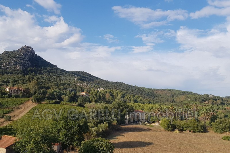 Photo n°1 - Vente appartement Hyères 83400 - 369 000 €
