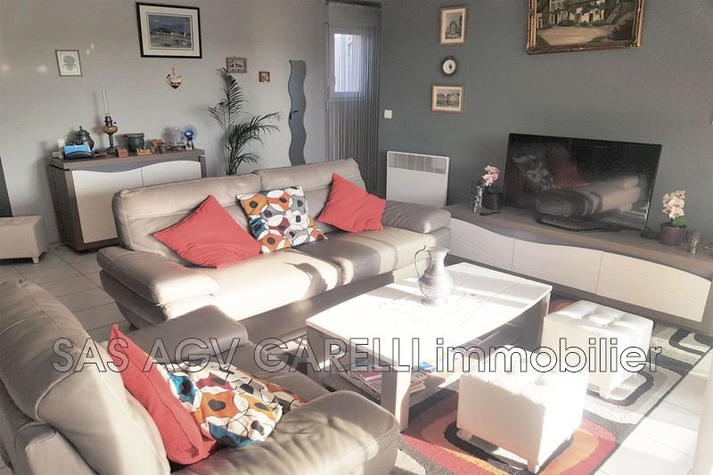 Photo n°1 - Vente appartement Hyères 83400 - 396 000 €
