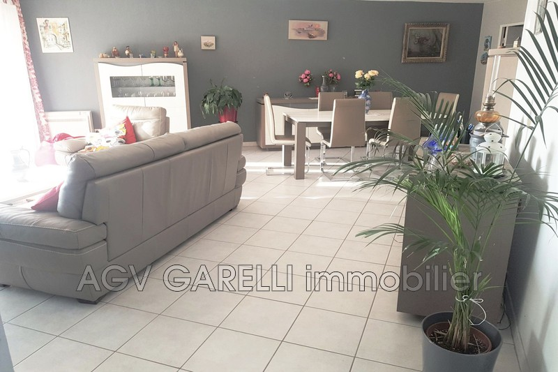 Photo n°3 - Vente appartement Hyères 83400 - 396 000 €