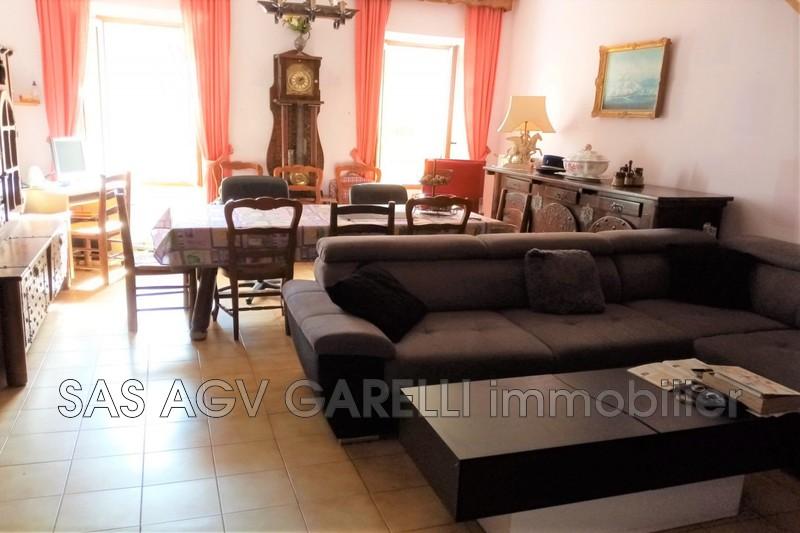 Photo Appartement Hyères Centre-ville,   achat appartement  3 pièces   85m²