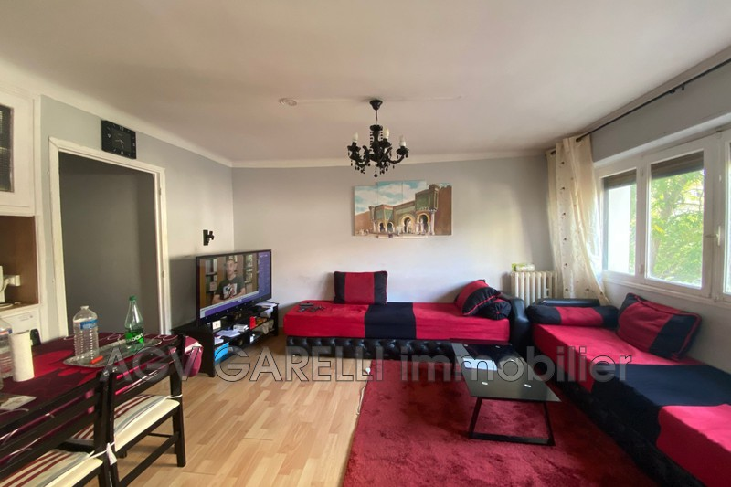 Photo n°1 - Vente appartement Hyères 83400 - 120 000 €