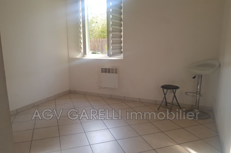 Photo n°8 - Vente appartement Hyères 83400 - 287 375 €