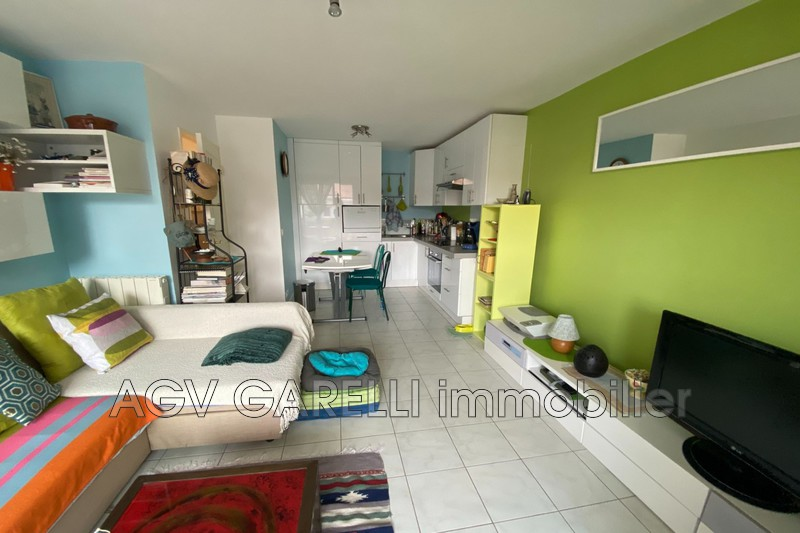 Photo n°3 - Vente appartement Hyères 83400 - 175 000 €