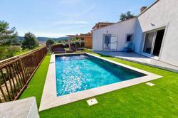 Photos  Maison Villa à vendre Cuers 83390