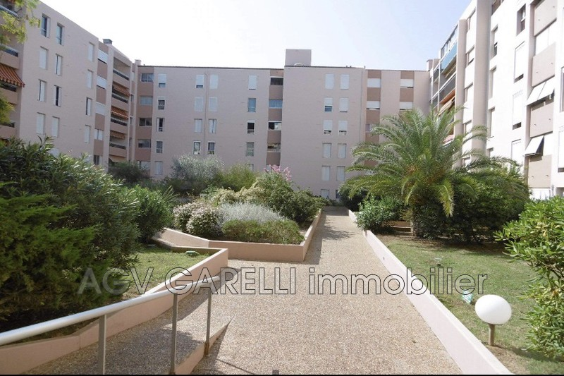 Photo n°3 - Vente appartement Hyères 83400 - 170 000 €
