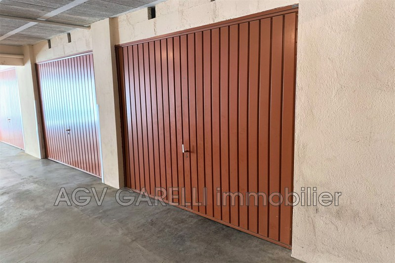 Photo n°3 - Vente Garage box La Seyne-sur-Mer 83500 - 33 000 €