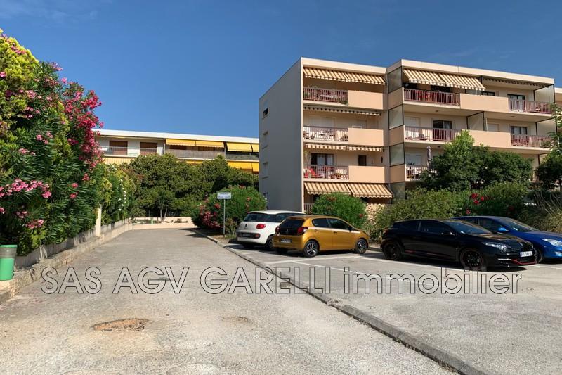Photo n°2 - Vente Garage box La Seyne-sur-Mer 83500 - 65 000 €