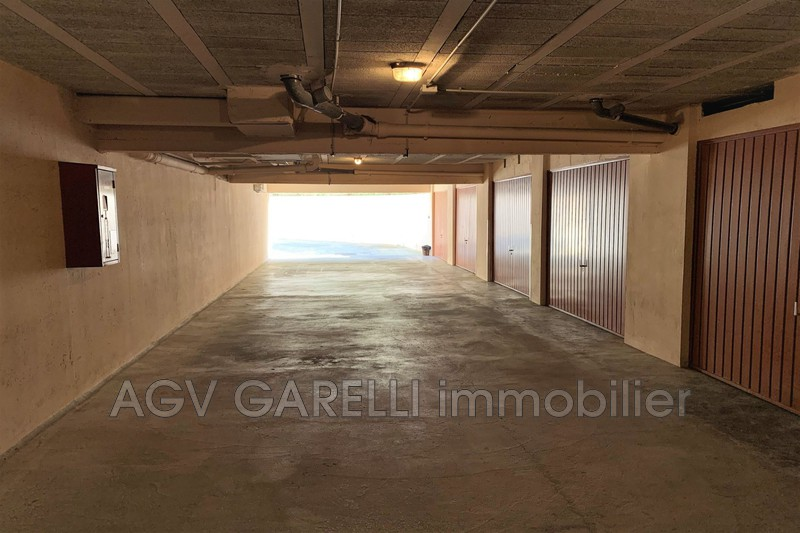 Photo n°5 - Vente Garage box La Seyne-sur-Mer 83500 - 65 000 €