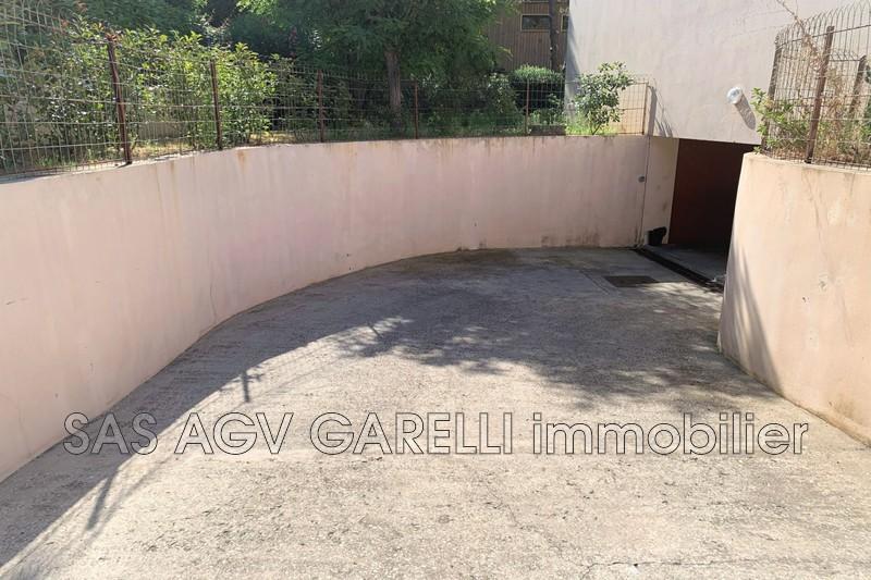 Photo n°3 - Vente Garage box La Seyne-sur-Mer 83500 - 65 000 €
