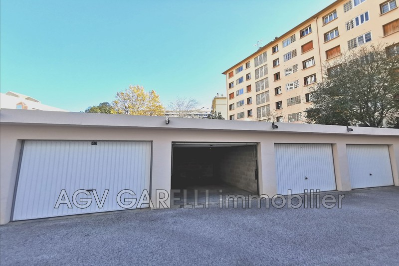 Photo n°1 - Vente garage Toulon 83000 - 27 500 €