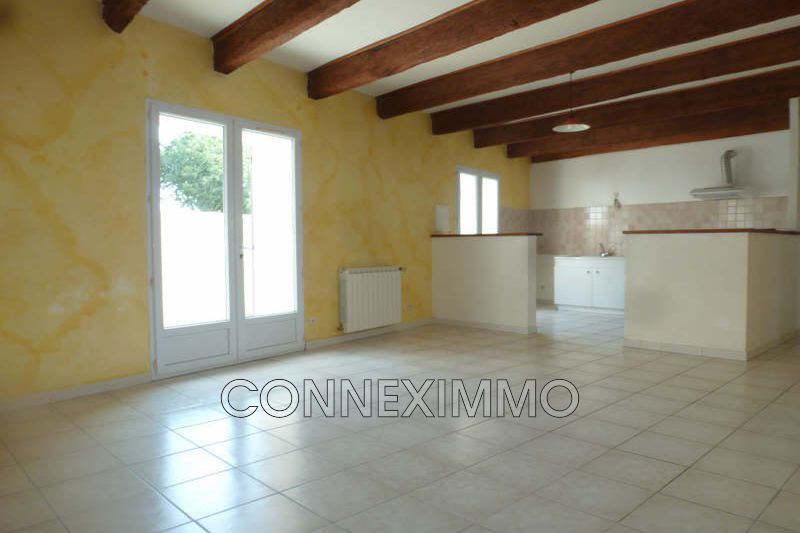 Photo Maison Manduel Est de nimes,  Location maison  3 chambres   77m²