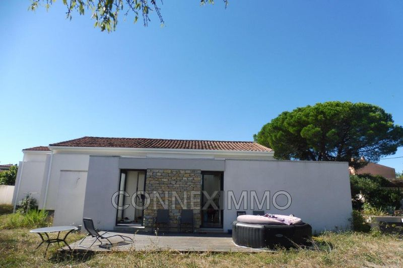 Photo Villa Générac   to buy villa  3 bedroom   130m²