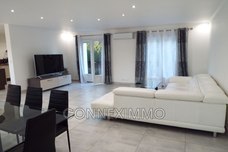 Photo Villa Uchaud Axe 113,   to buy villa  3 bedroom   120 m²