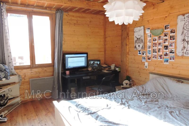 Photo n°4 - Vente appartement Saint-Etienne-de-Tinée 06660 - 242 000 €