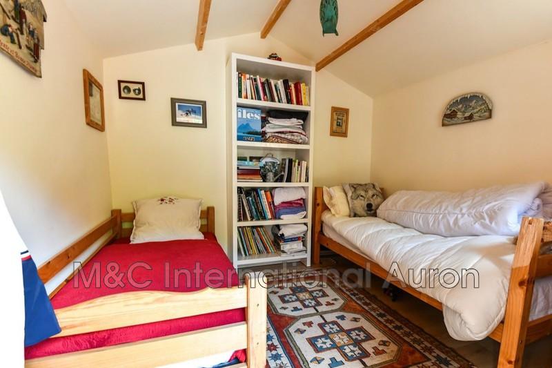 Photo n°12 - Vente Maison chalet Saint-Etienne-de-Tinée 06660 - 350 000 €