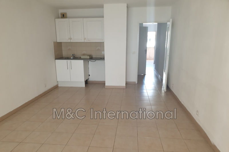 Photo Apartment Juan-les-Pins Proche plages,  Rentals apartment  2 rooms   36m²