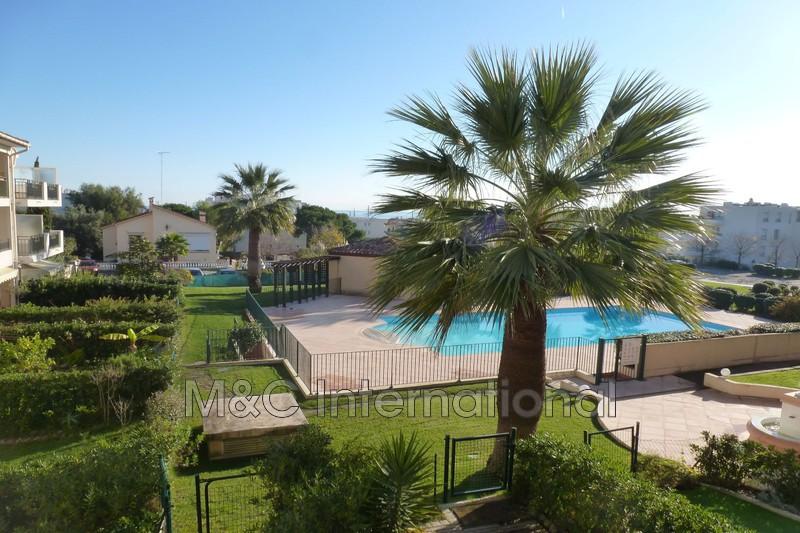 Photo Apartment Antibes Proche plages,  Rentals apartment  2 rooms   41m²
