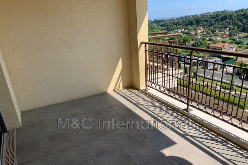 Photo Appartement Biot Village,  Location appartement  3 pièces   68 m²