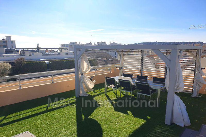 Photo Appartement Juan-les-Pins Proche plages,   achat appartement  3 pièces   100m²