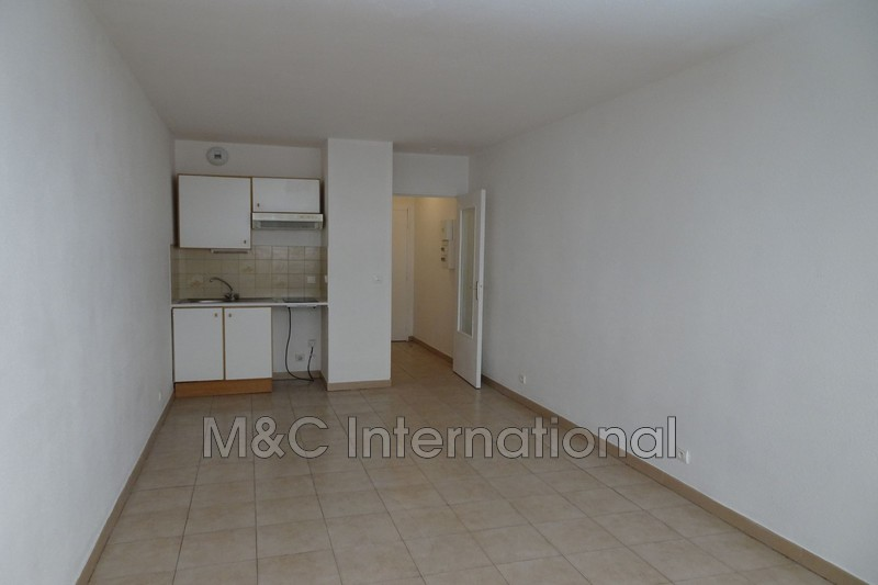 Photo Apartment Juan-les-Pins Centre-ville,   to buy apartment  1 room   21 m²