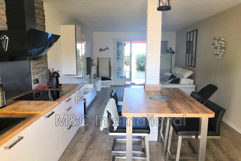 Photo Appartement Antibes   achat appartement  2 pièces   46 m²