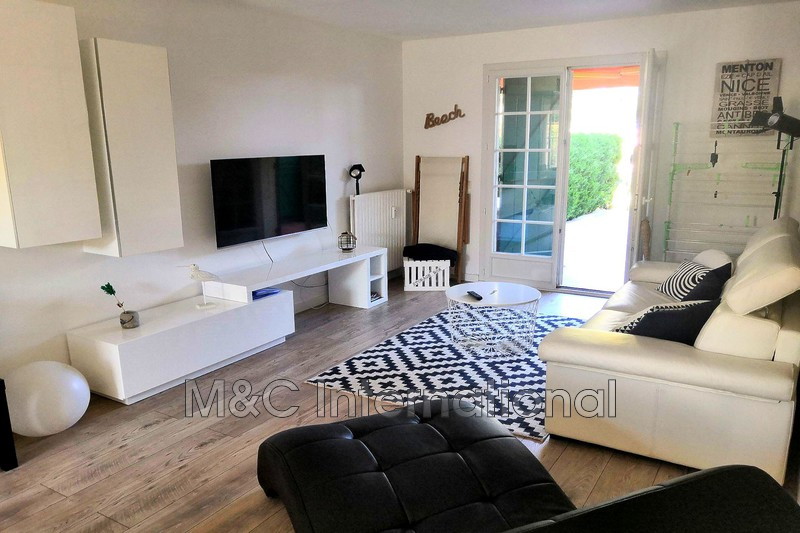 appartement  2 pièces  Antibes   46 m² -
