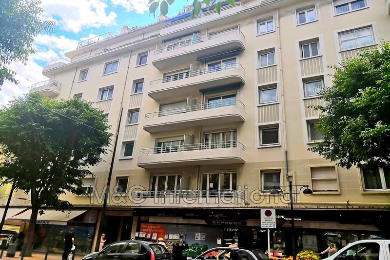 appartement  3 pièces  Antibes Centre-ville  92m² -