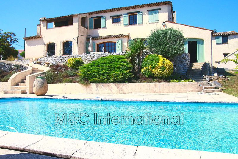 maison  5 rooms  Antibes   188 m² -