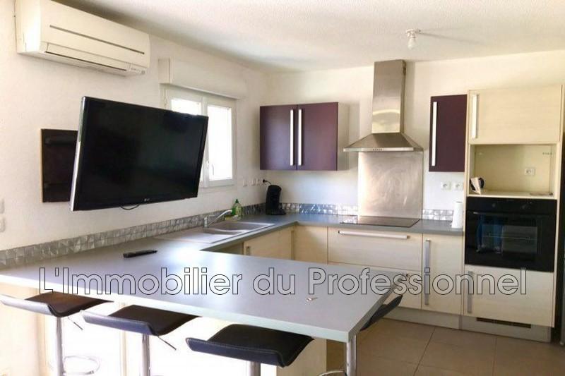 Photo n°2 - Location appartement Vidauban 83550 - 620 €