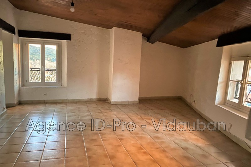 Photo n°2 - Location appartement Le Muy 83490 - 420 €