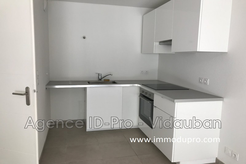 Photo n°3 - Location appartement Vidauban 83550 - 646 €
