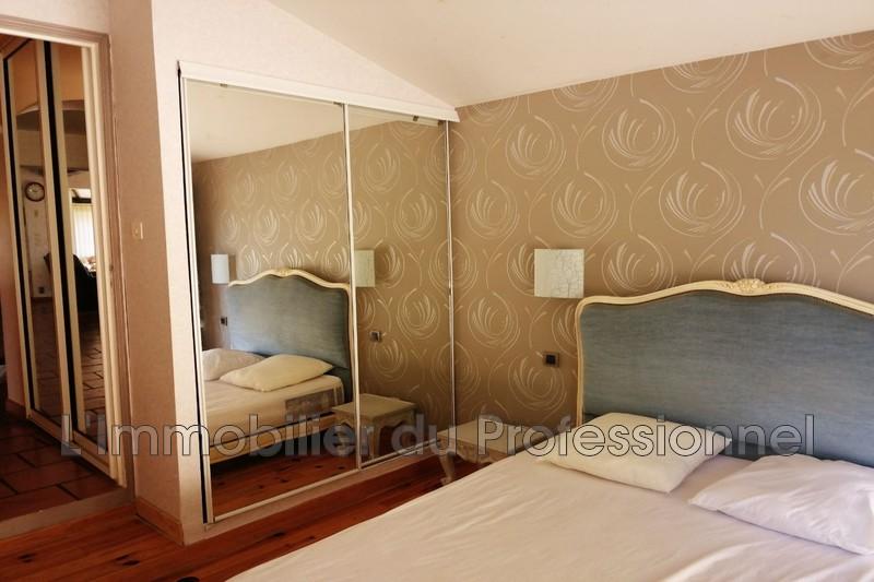 Photo n°9 - Vente Maison villa Le Cannet-des-Maures 83340 - 437 000 €