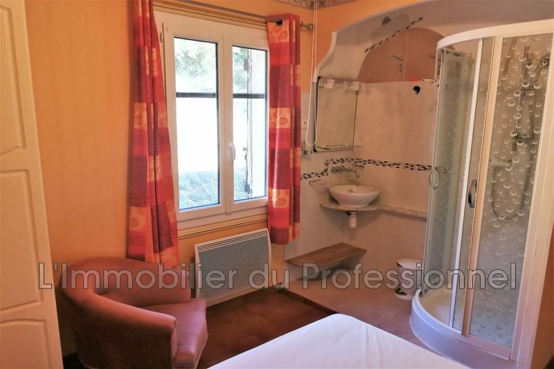 Photo n°11 - Vente Maison villa Le Cannet-des-Maures 83340 - 437 000 €