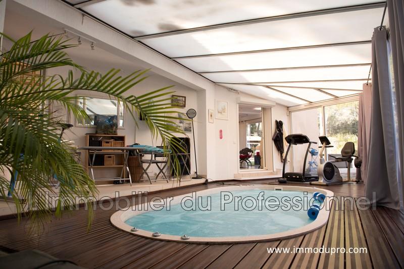 Photo n°3 - Vente Maison propriété Le Cannet-des-Maures 83340 - 840 000 €