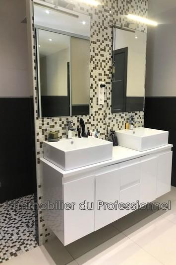 Photo n°10 - Vente Maison villa Le Luc 83340 - 609 000 €